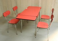 Red Formica Extending table and chairs
