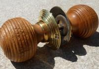 Oak Beehive MK1 Brass